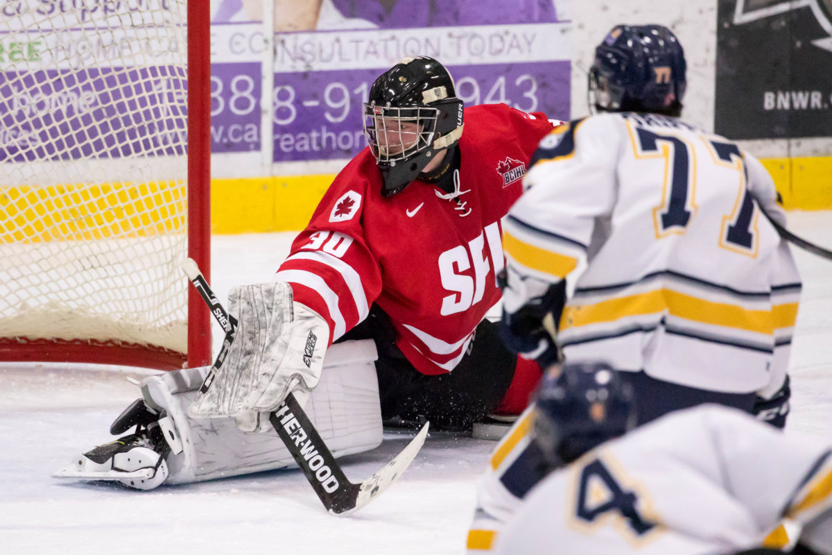 SFU wins 5-4 shootout thriller to make it five straight wins